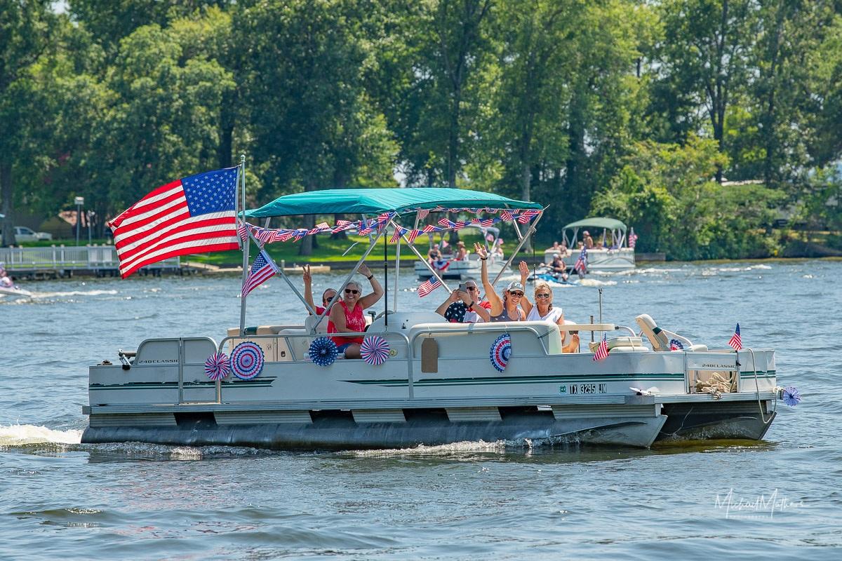 LSLake-BoatParade070421-14
